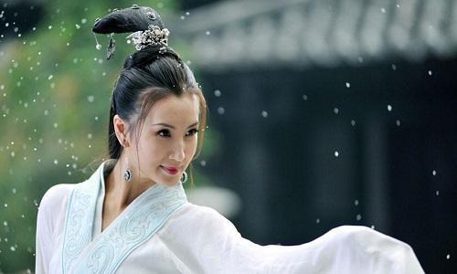 《三國演義》中美女貂蟬是個小人物,被利用完后,最終死于非命
