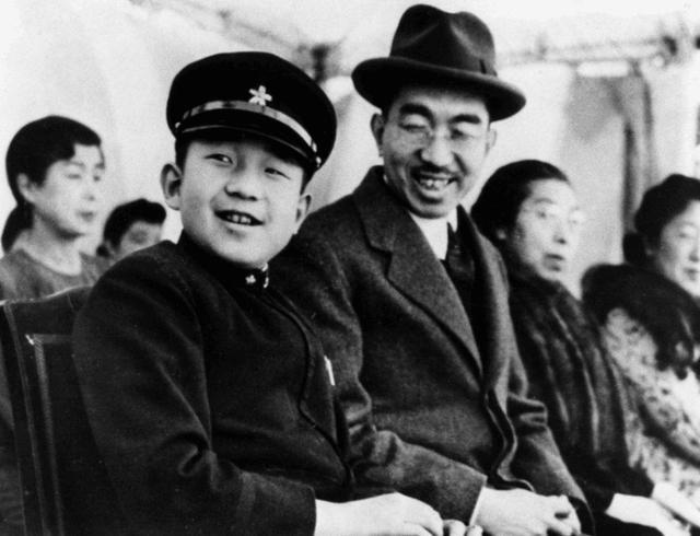 日本有個謊言吹了幾千年,直到二戰結束后,裕仁天皇才出面澄清