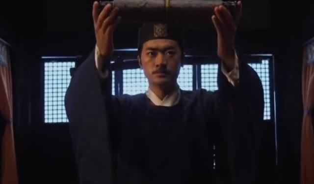 小官用饅頭咸菜招待太守,迎來痛罵,不久皇帝一紙詔書傳來